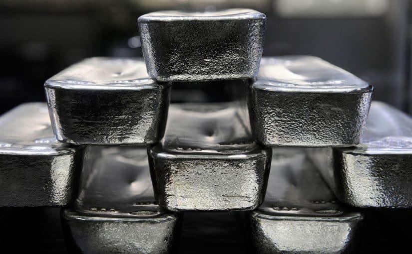 تفسير اللون الفضي في المنام