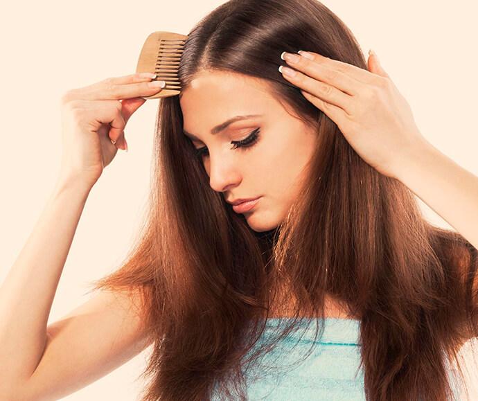 طرق علاج قشرة الشعر الجاف