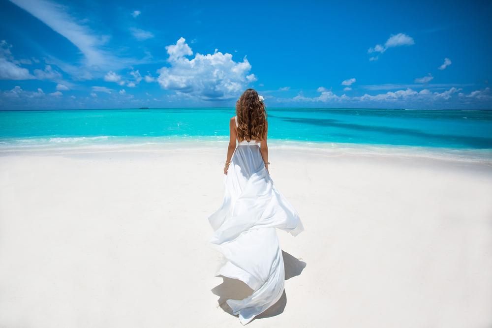 حققي عرس الأحلام على هذه الشواطئ العربية الخلابة!