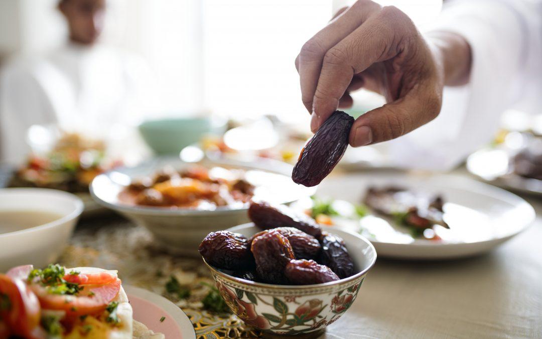 نصائح إختصاصية التغذية لتهيئة الجسم للصيام في رمضان