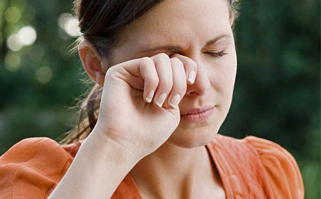 ما هو علاج التهاب العين الفيروسي؟