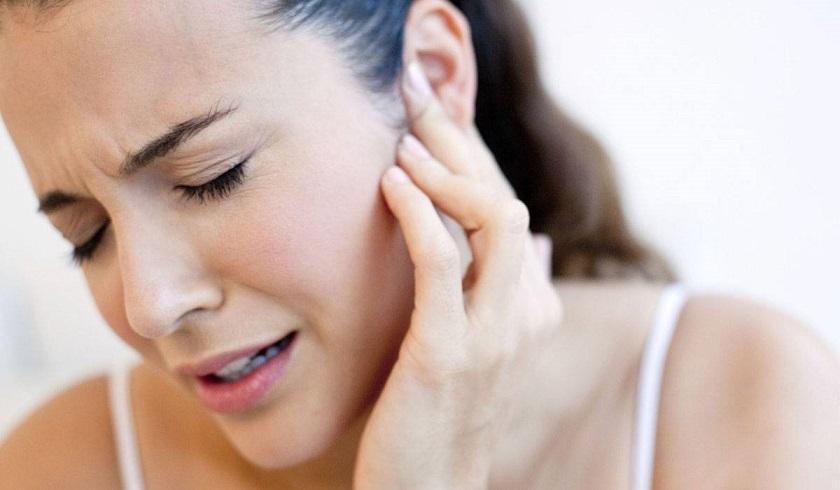 علاج وجع الاذن في 6 طرق منزلية