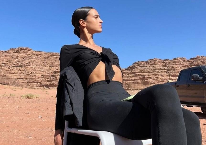 من هي عارضة الأزياء السعودية التي خطفت الأنظار في أسبوع الموضة النيويوركي