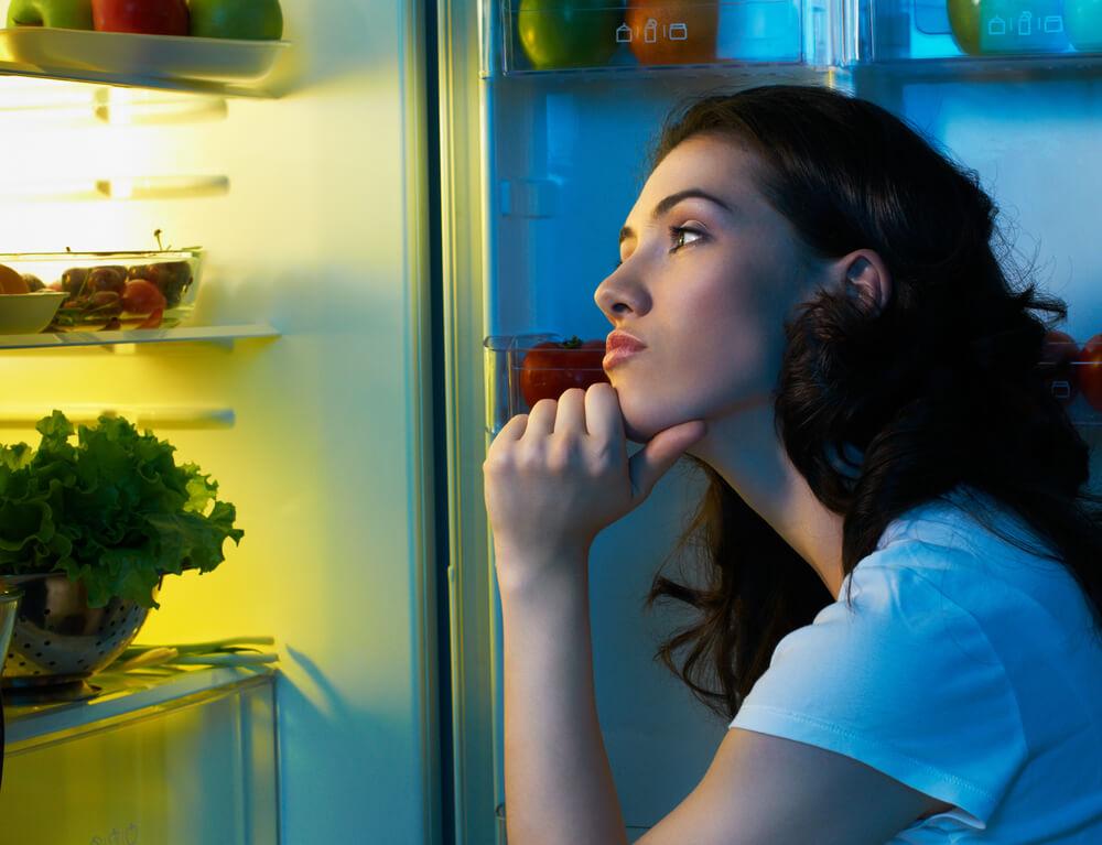 أنتِ جائعة في وقت متأخر من الليل؟ تناولي هذه الوجبات الخفيفة (1)