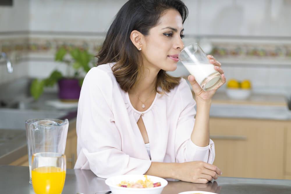 هل الحليب يزيد الوزن أم لا