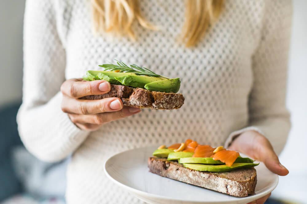 قد تظنّين أن هذه الأطعمة مفيدة لصحتك ولكنها مضرّة لكليتيك!