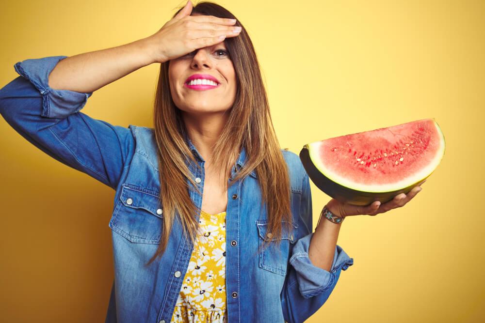 10 أطعمة تخلّصك من آلام الصداع بدون أي جهد!