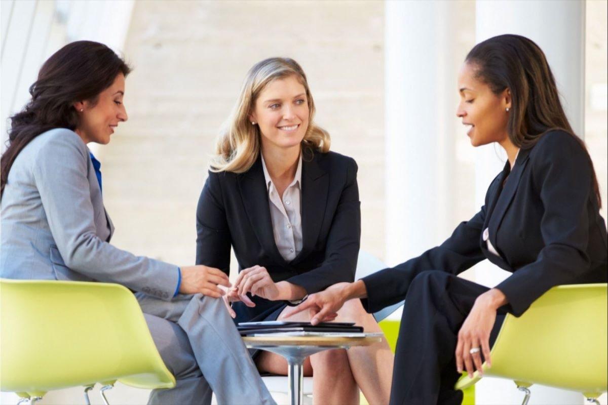 نصائحنا لكِ كي تكوني قائدة في عملك أو مجتمعك