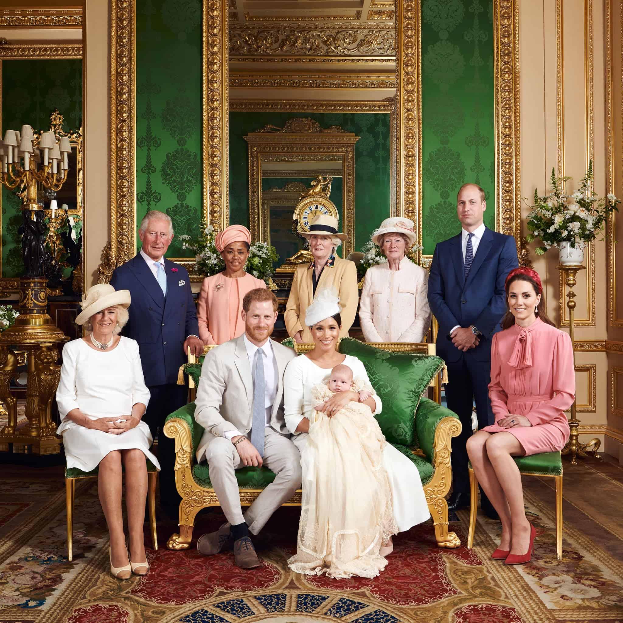 صورة جديدة جمعت العائلة من جديد..