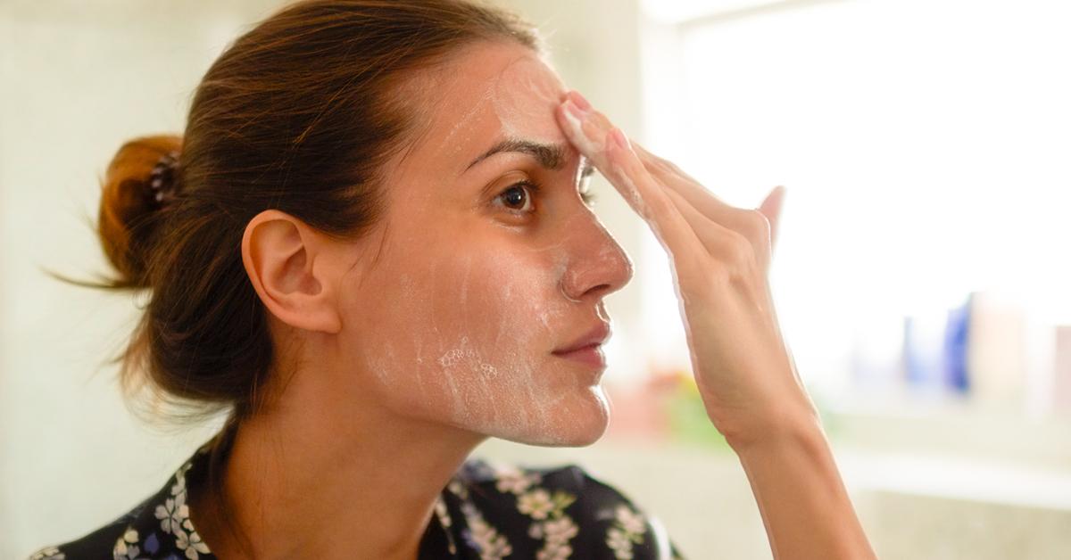 طريقة ازالة الجلد الميت من الوجه