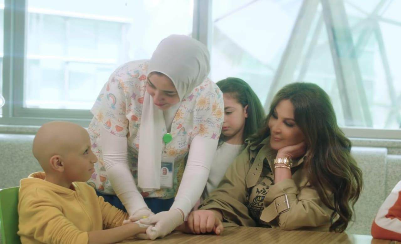 بالفيديو | إليسا تلمس القلوب في إعلان عن أطفال مرضى السرطان