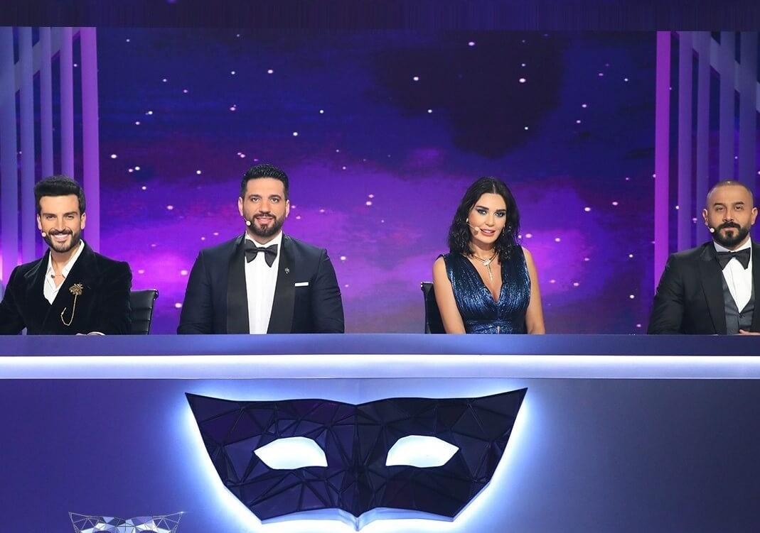 إيهاب توفيق يتوج فائزاً بالموسم الأول من برنامج The Masked Singer
