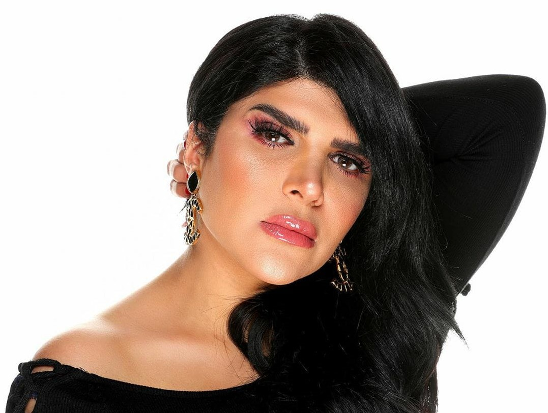 بالفيديو غدير السبتي تنهار بكاءً بسبب إصابة ابنتها بفيروس كورونا