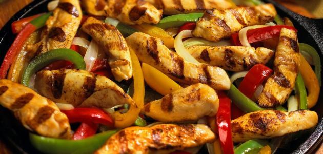أكلات بالدجاج سهلة وصحية
