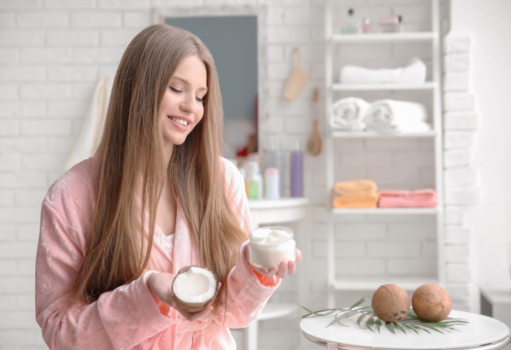 أفضل 5 خلطات لتطويل الشعر في يومين