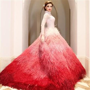 في عيد ميلادها، لنقم بجولة على أجمل فساتين ميريام فارس