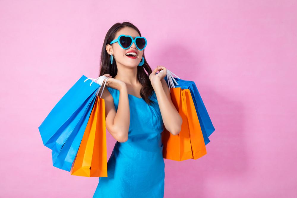 هل أنت مهووسة بالتسوق؟