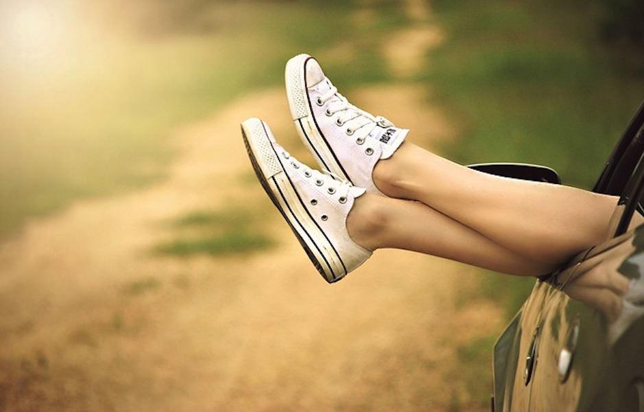 كيف تنظفين حذاءك الأبيض؟