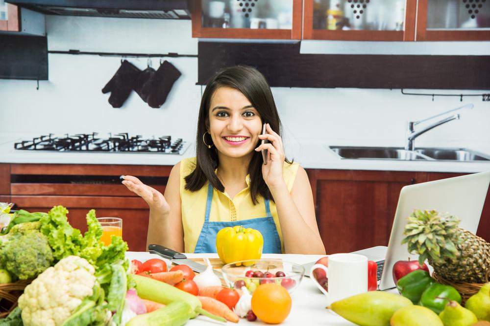 نصائح وحلول للمرأة العاملة لتوفير الوقت والطاقة في المطبخ